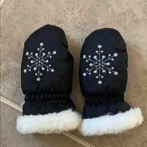 Girls Snowflake Mittens